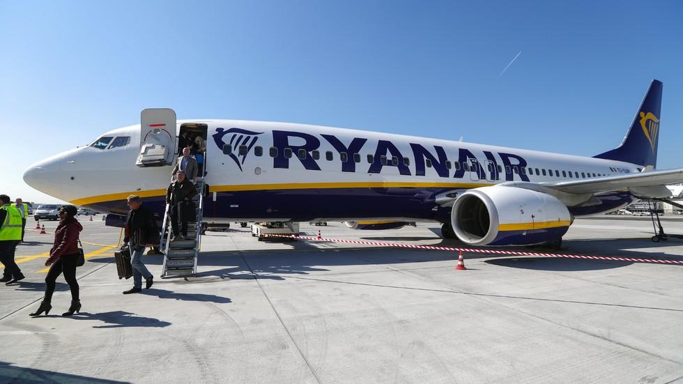 """""""Ryanair"""" отмени хиляди полети до края на октомври (ПЪЛЕН СПИСЪК)"""