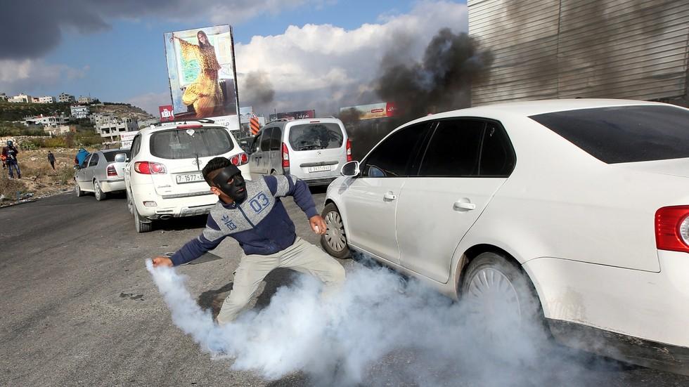 40 палестинци бяха ранени при сблъсъци с израелски войници (ВИДЕО+СНИМКИ)