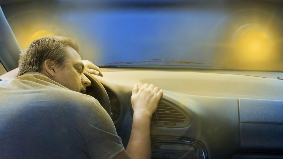 Предлагат задължителни прегледи за сънна апнея за кандидат-шофьори (видео)