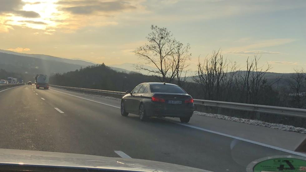 От София до Ихтиман в аварийната лента
