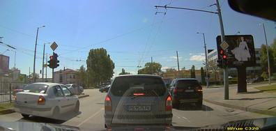 """""""Пожелателни"""" светофари"""
