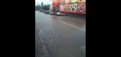 Дъжд и градушка в Tроян