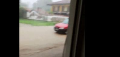 Пороен дъжд в Севлиево