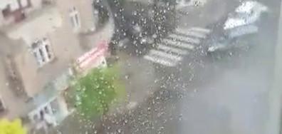 Наводнените улици в Бургас