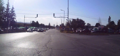 Пътни полицаи затварят очите си за нарушение