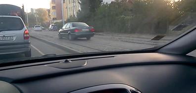 """""""Гениално"""" шофиране"""