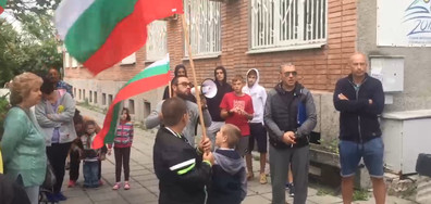 """Протест срещу застрояването на градинката в квартал """"Младост 3"""""""