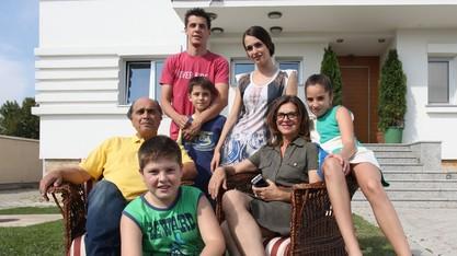 Драга фамилия - премиера