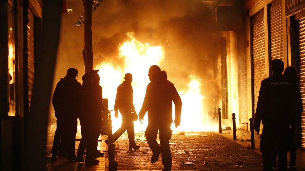 Сблъсъци на полицията и мигранти в Мадрид