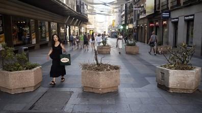 Бетонни саксии ще пазят пешеходците в Мадрид