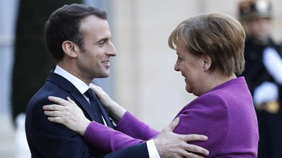 """Макрон предложи на Меркел да изготвят """"ясна и амбициозна пътна карта"""" за реформирането на ЕС"""