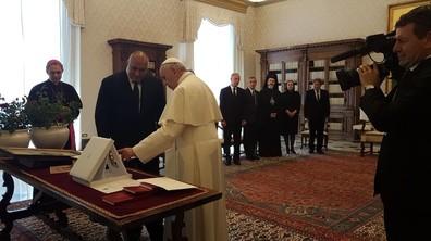 Борисов е на аудиенция при папа Франциск във Ватикана