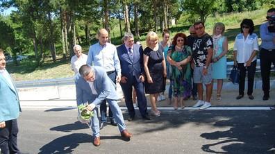 Откриха ремонтирания път между Горна Оряховица и Арбанаси