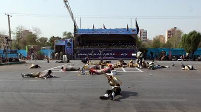 Нападение по време на военен парад в Иран, има убити и ранени